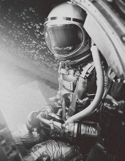 tumblr_lz3ssgnDqE1r9chlco1_1280.jpg (797×1024) #60s #spaceman #vintage #space