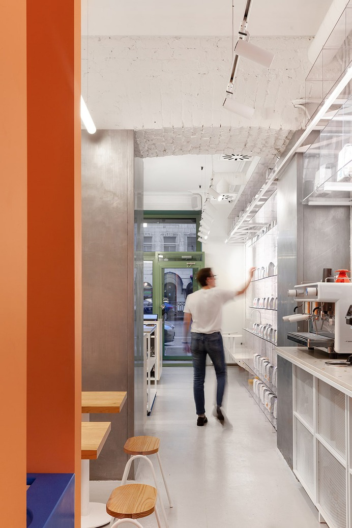 Bolshecoffee Roasters & Shop by AKME - Mindsparkle Mag Bolshecoffee Roasters is a minimalist space in a historic building in the center of St. Petersburg, Russia. The project was developed by the architectural bureau AKME. #interior #architecture #identity #branding #design #color #photography #graphic #design #gallery #blog #project #mindsparkle #mag #beautiful #portfolio #designer