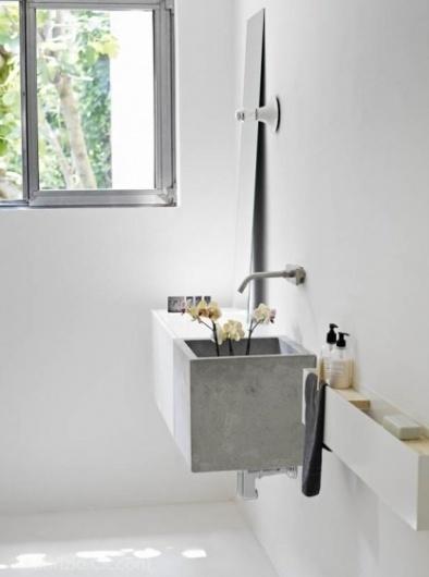 for home / picture by Fabrizio Cicconi #interior #white #concrete #design #bathroom