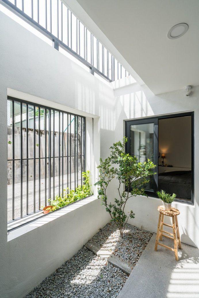 Minimalist Single Storey Terrace House by Fabian Tan Architect 9