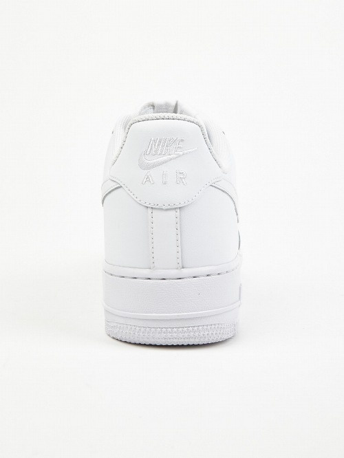 Likes | Tumblr #fashion #nike #shoes #white