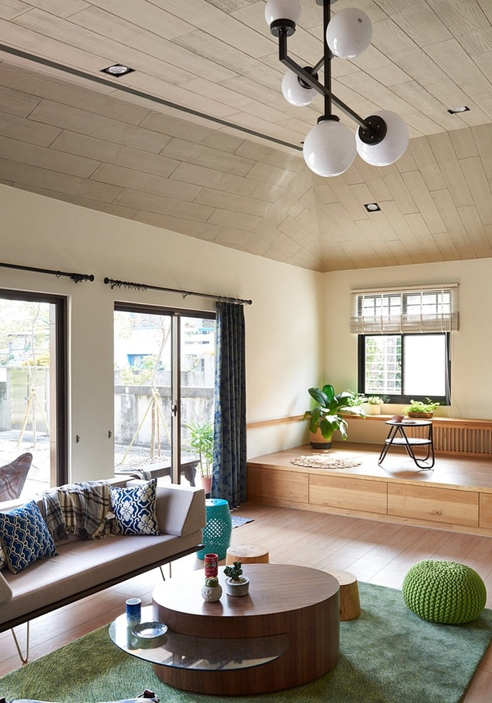 Southern Sunshine Home – Good Traffic Flow Creates a Comfortable Space
