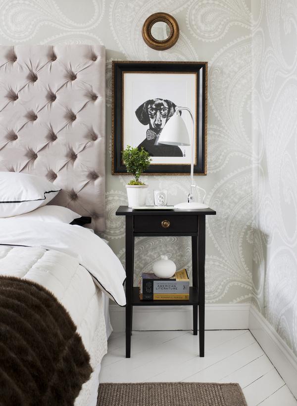 I sovrumet, sänggavel från Dis, sängbord Ikeas Hemnes med nya beslag. Lakan H #interior #design #decor #deco #decoration