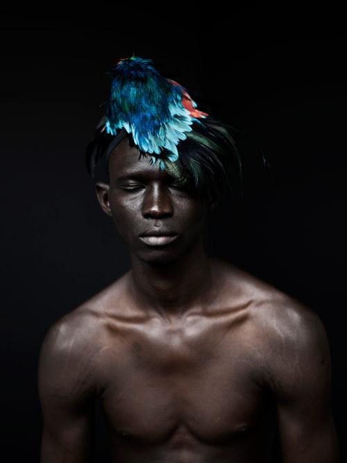 Designer Ashley Lloyd #headdress #design #feathers #photography #ashley #portait #lloyd #beauty