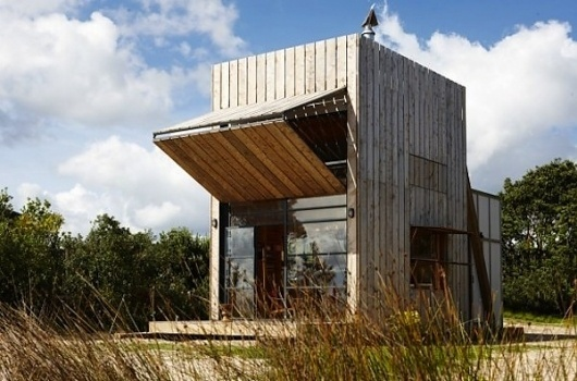 Elegant & Small Beachfront Home is also Modern & Functional #micro #house
