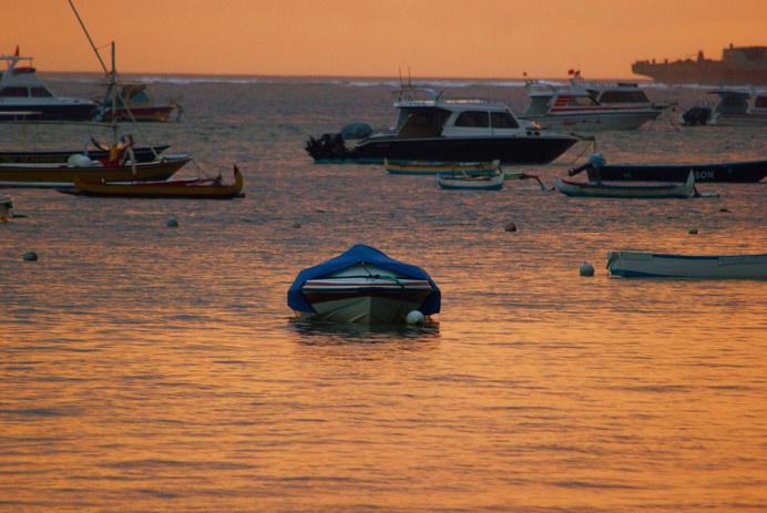 IG028 #floating #boat