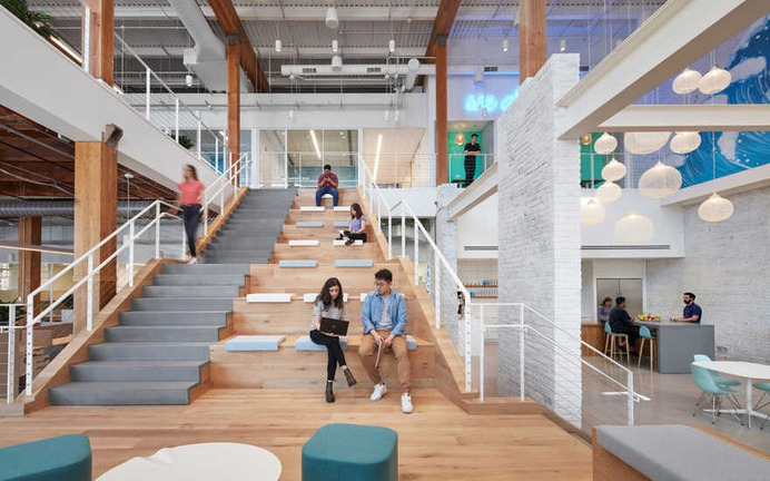 Vital Proteins Offices in Chicago's Vibrant Fulton Market District