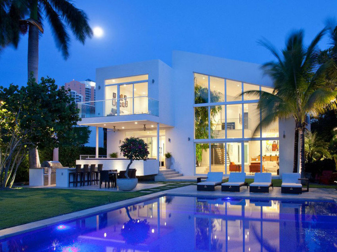 Light InfusedPanoramic Family Home in Golden Beach Florida #design #dream #home #contemporary #architecture