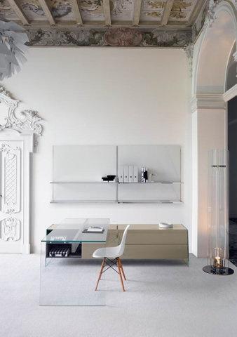tumblr_mso7scaFTg1qkegsbo1_500.jpg 500×711 pixels #interior #office #design #white