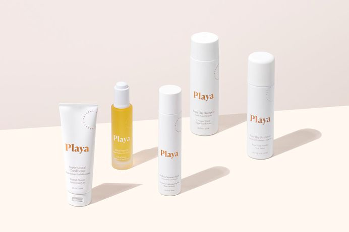 Manual Creative worked with Playa throughout 2016 and 2017 to develop brand identity, photo art direction, website & packaging design the haircare products. Find more of the most beautiful designs on mindsparklemag.com