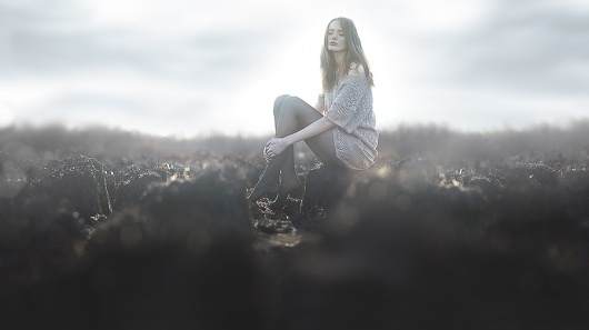 500px / Photo #fog #photo #bokeh #women #portrait