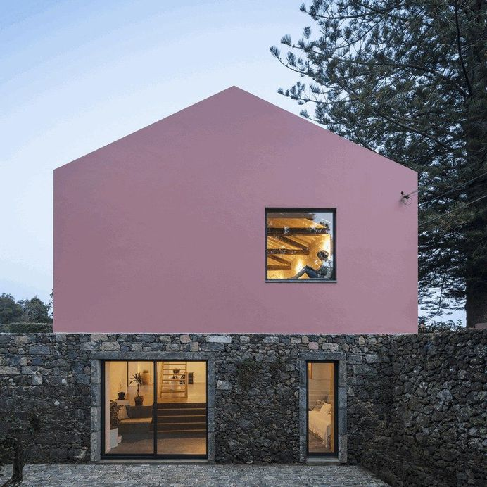 An Old Stable Converted into Two Contemporary Guesthouses 18