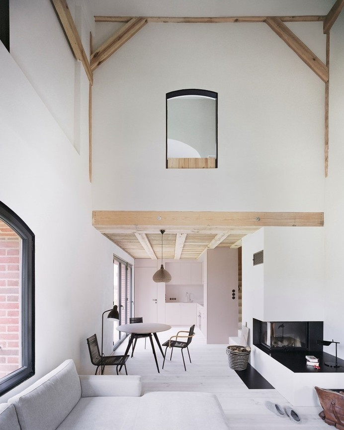 Red Barn by Thomas Kroger converting a barn in an attractive holiday destination - HomeWorldDesign (19) (Custom) #interior #old #house #barn #design #architecture #converting