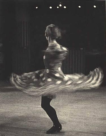 img-news-bookshelf-twilight-2_154554464525.jpg 375×480 pixels #bing #photography #retro #vintage