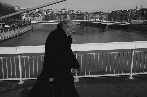Photograph Untitled by Theo Alran on 500px #x100 #old #b&w #lyon #unknown #photography #street #bridge #man