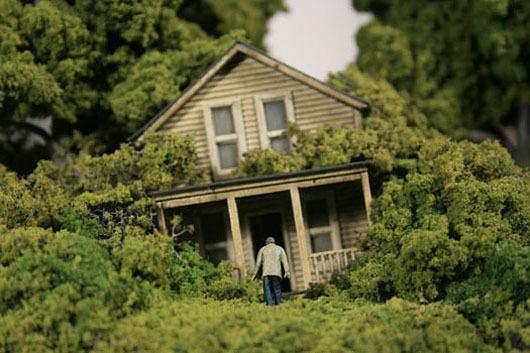 thomas doyle worlds 08 #miniature #diorama #house #art