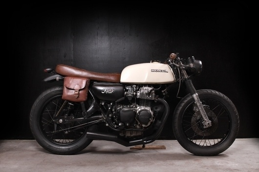 motographite cafe racer: HONDA CB 350 FOUR #cafe #motorcycle #racer