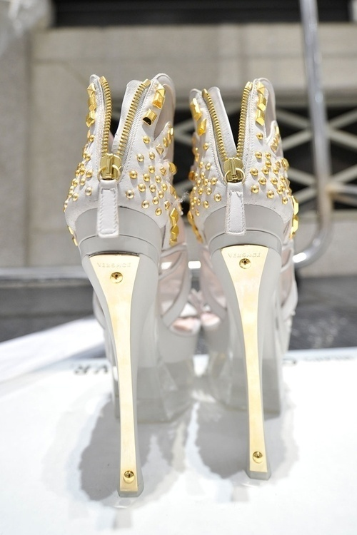 Pinned Image #shoes #heels #gold #valentino #grey