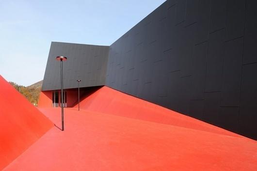 enota: podcetrtek sports hall #amazing #skateboarding #skate #architecture #spot