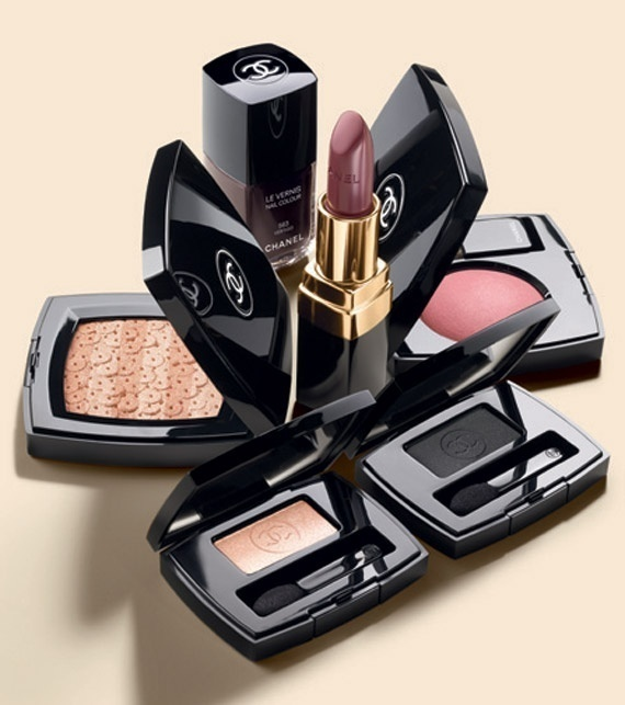 Google Image Result for http://thebeautygypsy.com/wp content/uploads/2012/07/chanel fall 2012 makeup 02.jpg #photography #chanel
