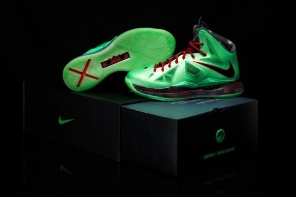 competitive price 8ff88 b4460 Nike LeBron X Cutting Jade China Edition Detailed Pictures  shoe