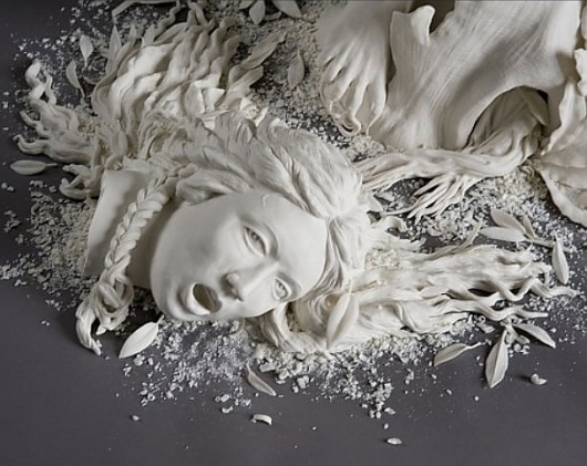 Don't Panic > Magazine > Kate MacDowell | An endangered world rendered in porcelain #photo