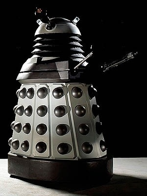 File:Dalek 2010 Redesign.jpg - Wikipedia, the free encyclopedia #dalek #robot #retro #who #dr #scifi