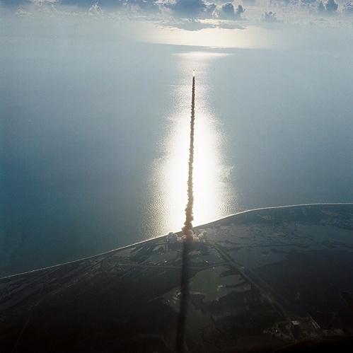 this isn't happiness™ (Rocket to Ruin), Peteski #ocean #missile #aerial #off #blast #photography #rocket
