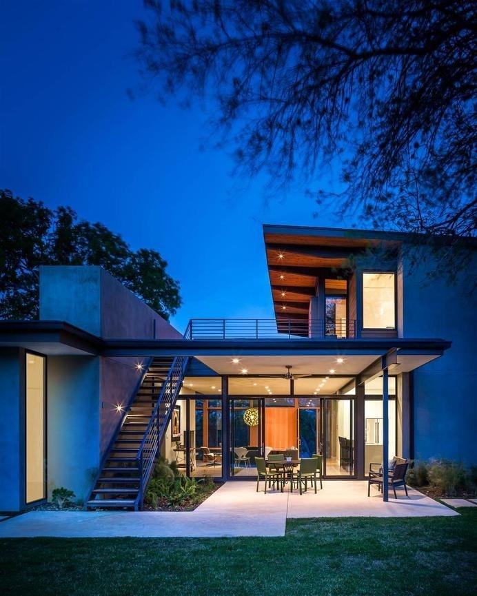 Modern architecture and spacious roof terrace barton hills residence homeworlddesign 12 interiors