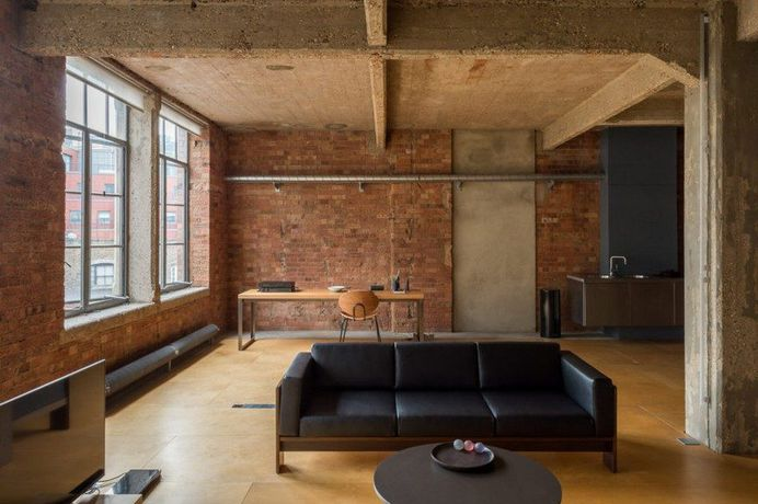London Industrial Warehouse Converted Into Versatile Living Space 6
