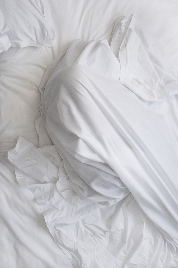 photography; MIA blog #photography #white #bed