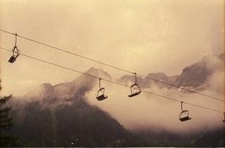 Triangular Love. #sessellift #austria #photography #art #mountains #love