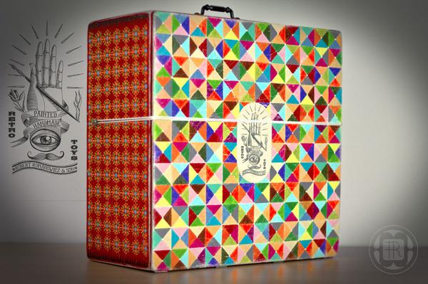 Robert Romanowicz illustration #illustration #pattern #toy #package