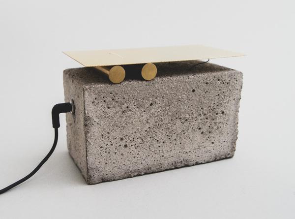 The Klangstasjon extracts sounds hidden in small metal objects. #concrete #minimalistic #klang #design #experimental #meditative #industrial #sound #minimal #brass #metal