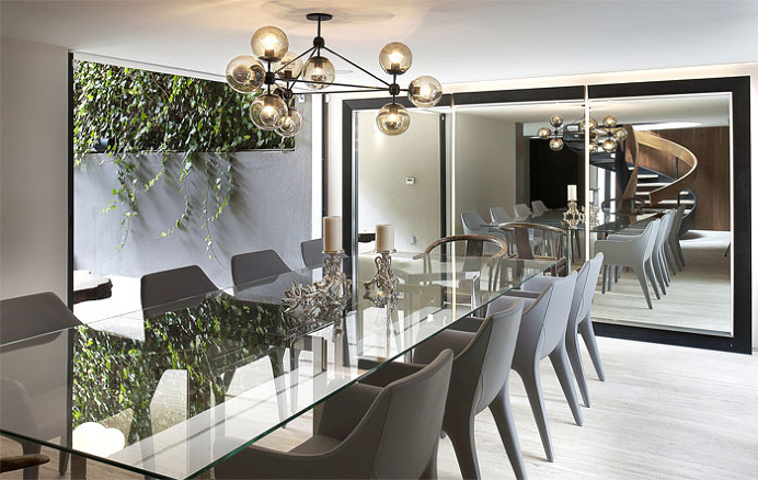 Renovated Mexican Residence by Paola Calzada Arquitectos - #diningroom, #table, #chairs, #interior, #decor, dining area
