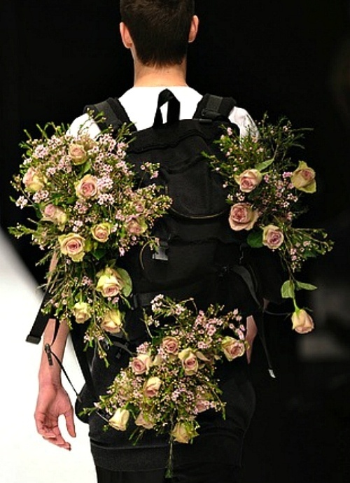 http://filthavenue.tumblr.com/page/14 #fashion #runway #flowers