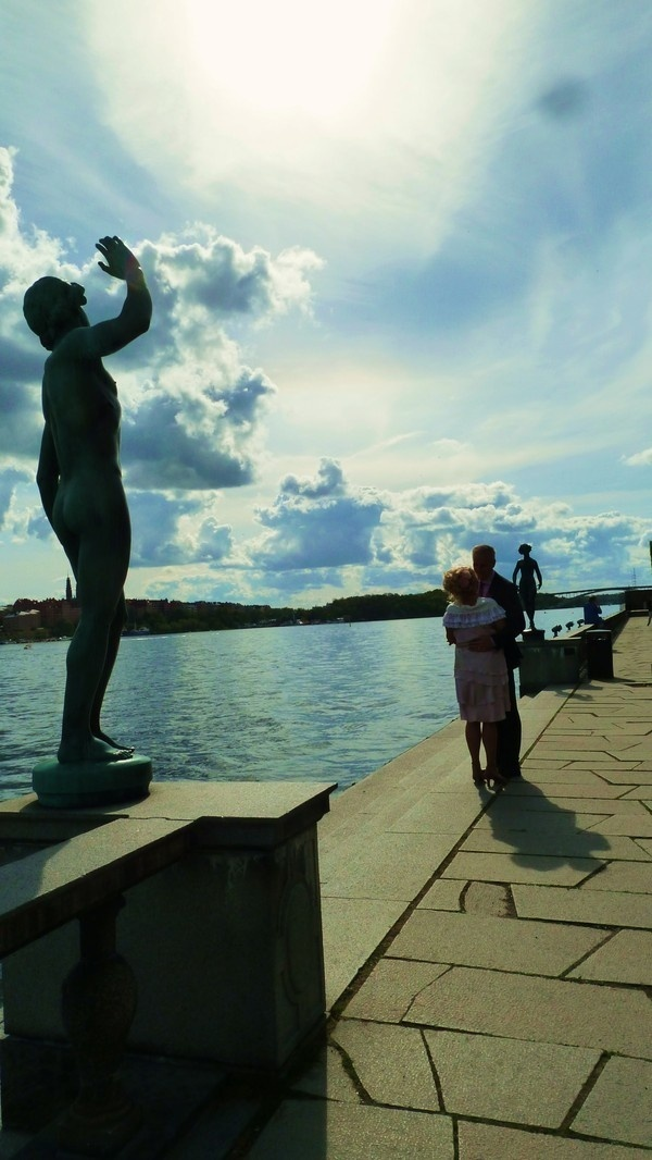 Stock Home 2011 on Behance #sweden #wallb #statue #stockholm #love #kiss