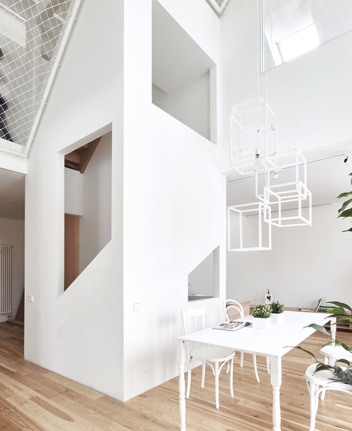 Family Friendly Home Design by Ruetemple - InteriorZine