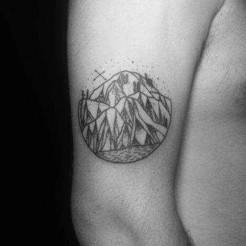 Joaquinmotor.com.ar #tattoo #black #dotwork #mountains