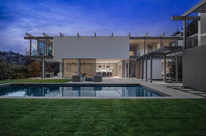 Bel Air House / DARX Studio