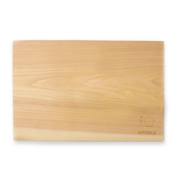 Antibacterial cutting board made from a single piece of wood. #productdesign #modern #kitchen #kitchenware #lifestyle