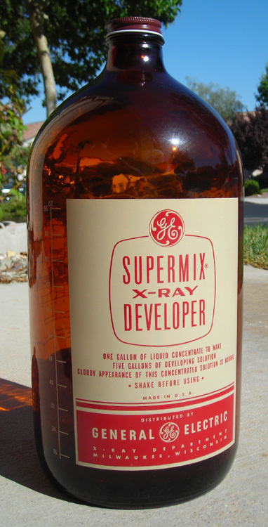 GE Supermix X Ray Developer, 1956 | Flickr Photo Sharing! #general #electric #bottle #packaging #label #glass #layout #typography