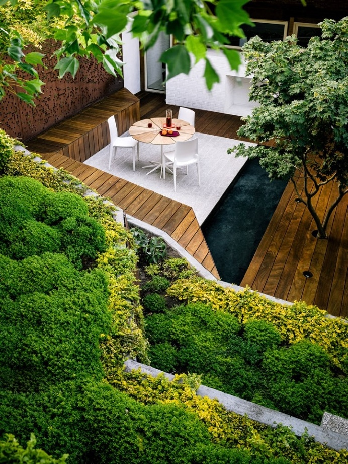 Zen Outdoor Living Space