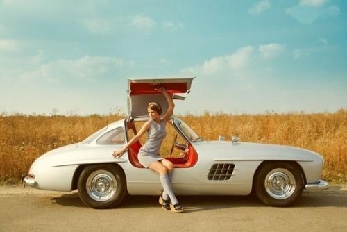 T H R T B R K R S #woman #photography #retro #car