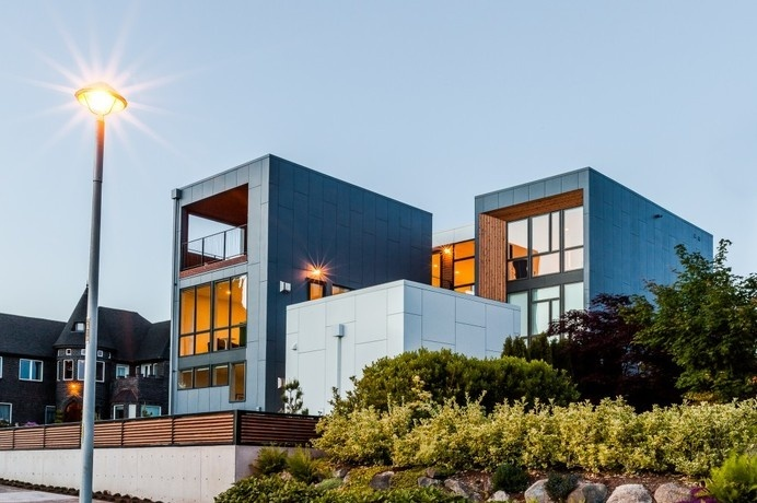 Spacious And Bright Contemporary Home in Seattle Designed For a Young Family #spacious #house #home #contemporary #architecture #residence