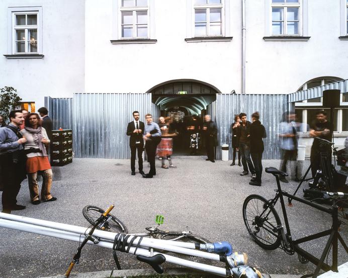 SUPERSTERZ | 'Fortress of Backyards' Festivalzentrum steirischer herbst 2014