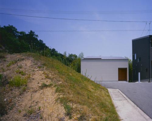 House of Kamihachiman by Horibe Associates Architect's Office