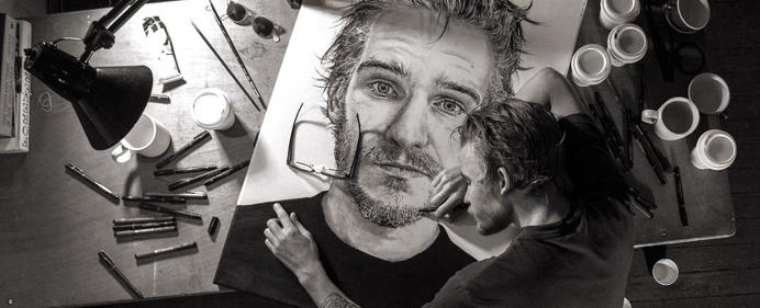 Hugh Van Schaick art portrait pencil beautiful precise detail australia nice new mindsparkle mag
