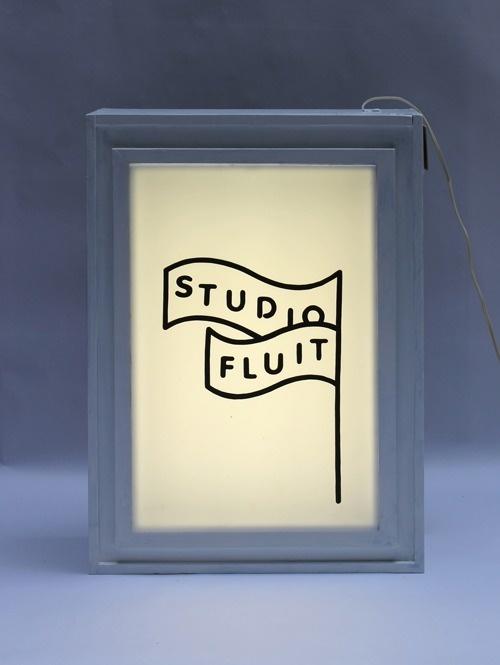 vincent vrints #backlit #logo #frame