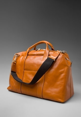 FFFFOUND! | jspaua4v1.jpg 468×671 pixels #bag #duffel #leather